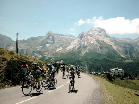 Letape_du_tour_2005_Col d'Aubisque